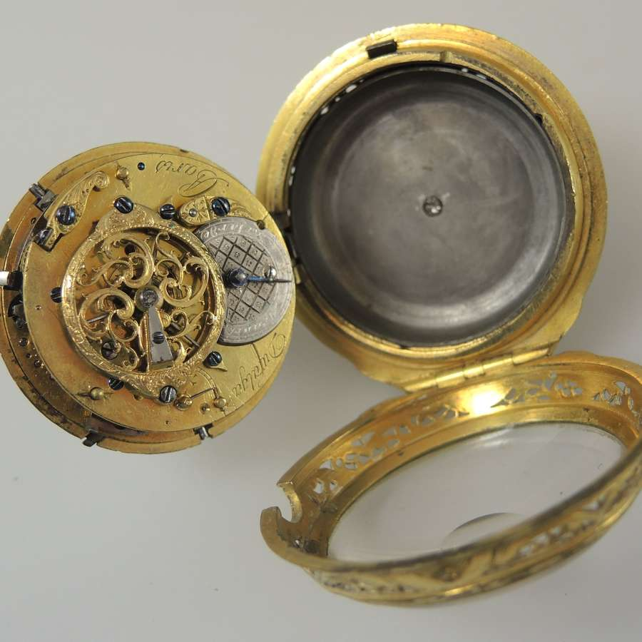 Pocket watches for restoration, pocket watch movements and spare parts.
