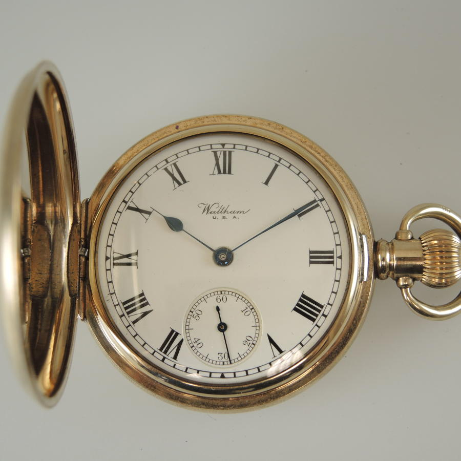 Good Gold plated Waltham hunter pocket watch c1932